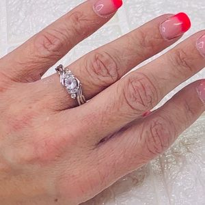 925 Sterling Silver & White Sapphire Ring - 6.5